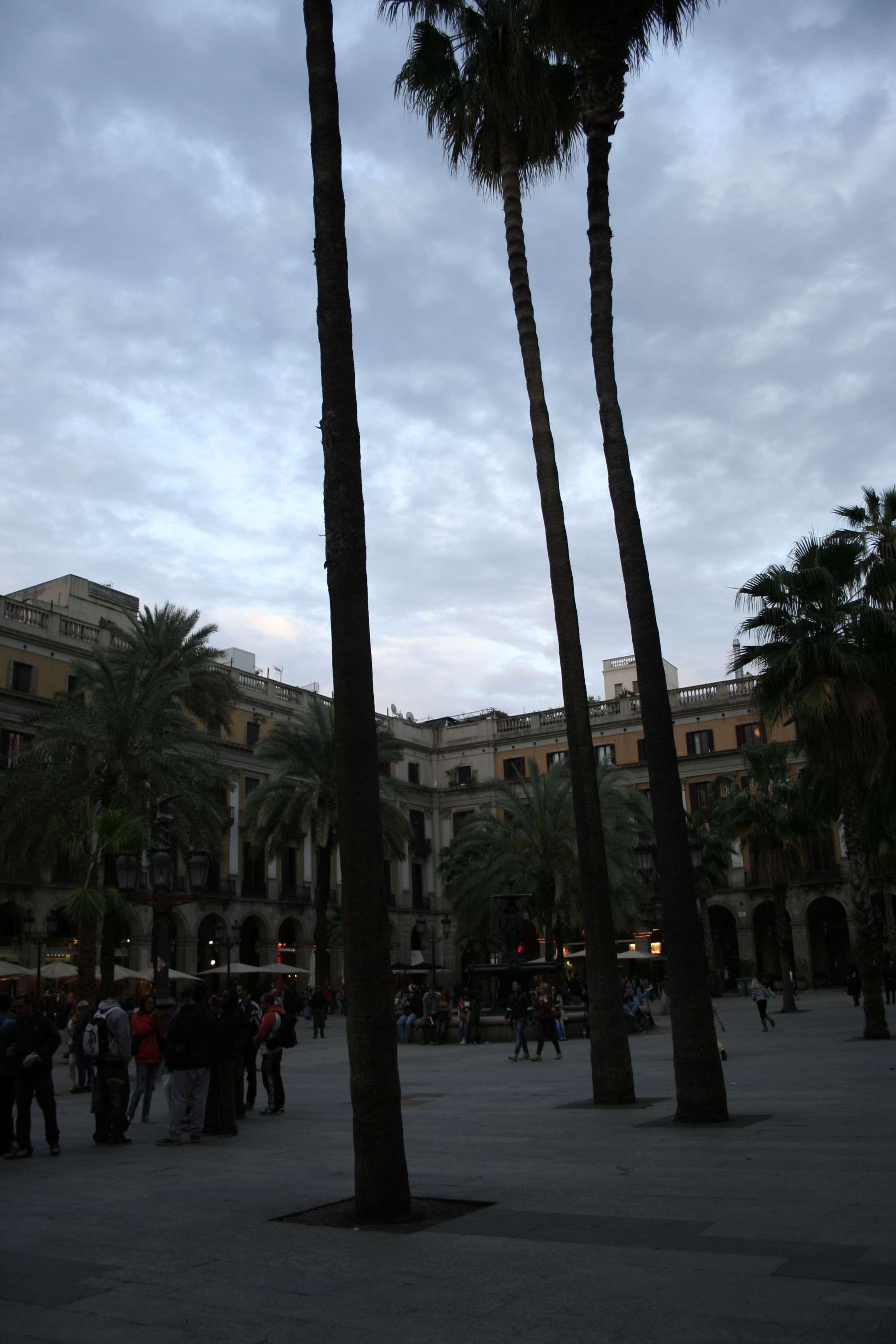 Barcelone mai 2013_0009 placa Reial