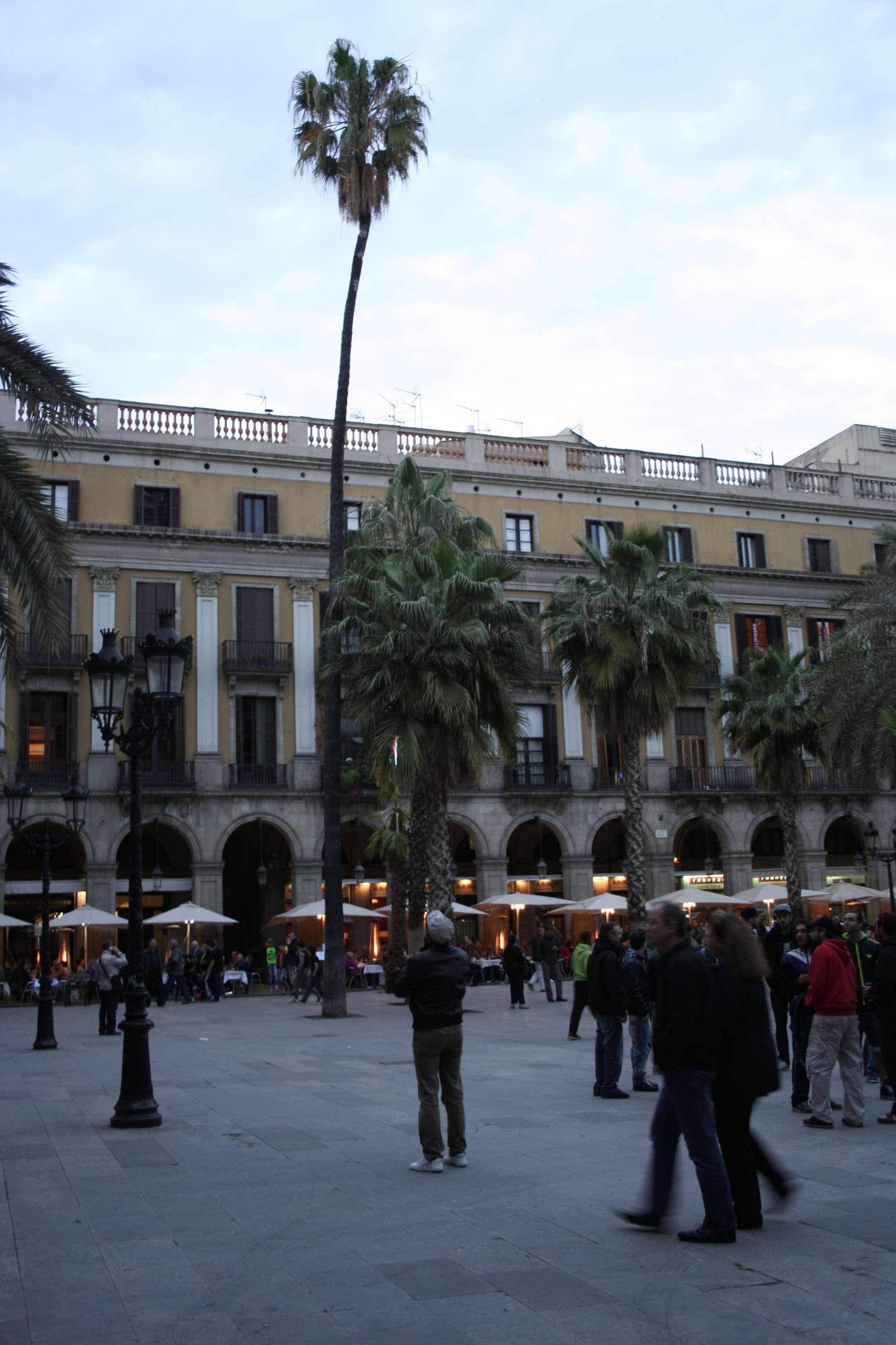 Barcelone mai 2013_0011 placa Reial