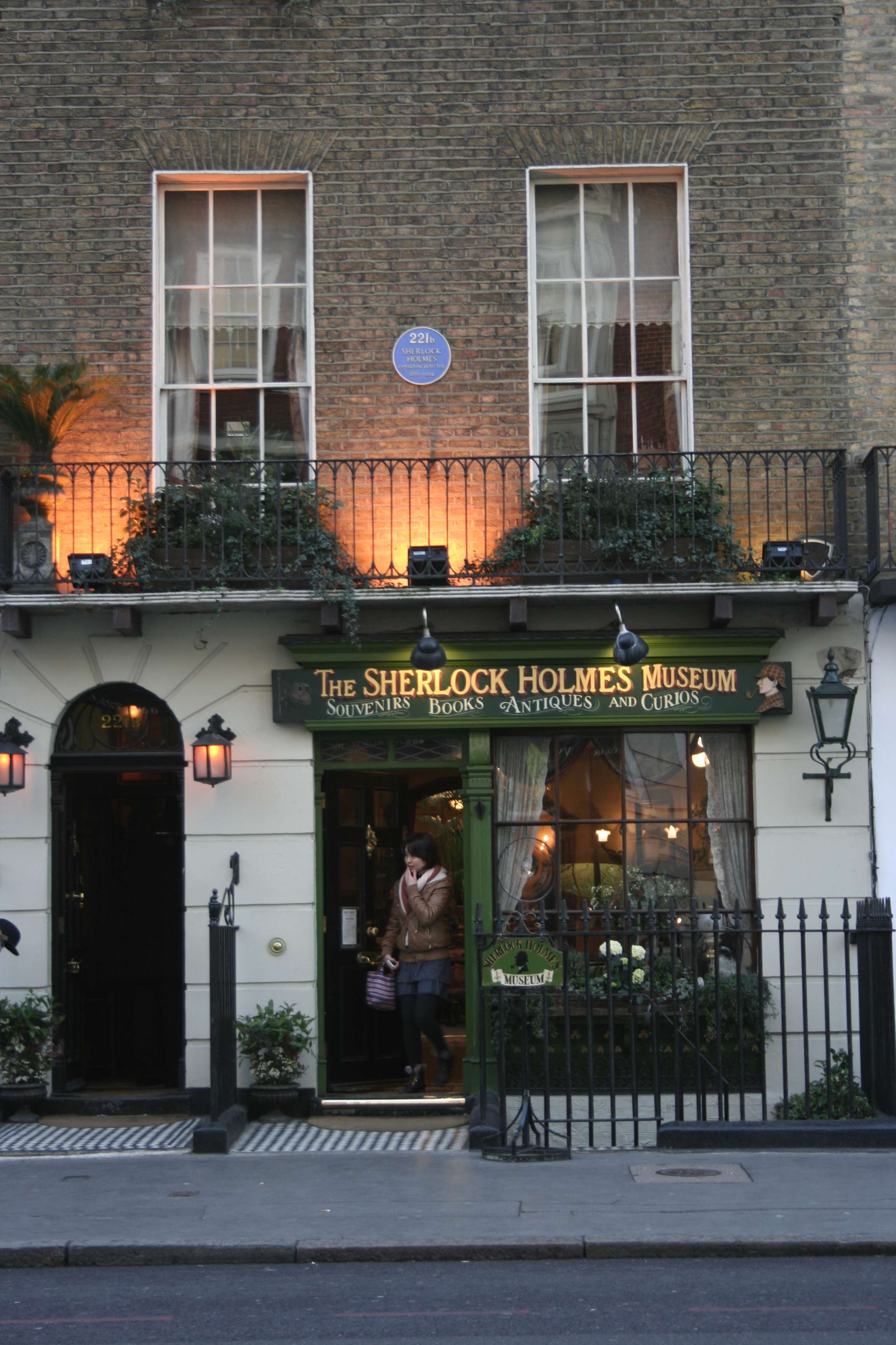 London_0012 221 Baker Street