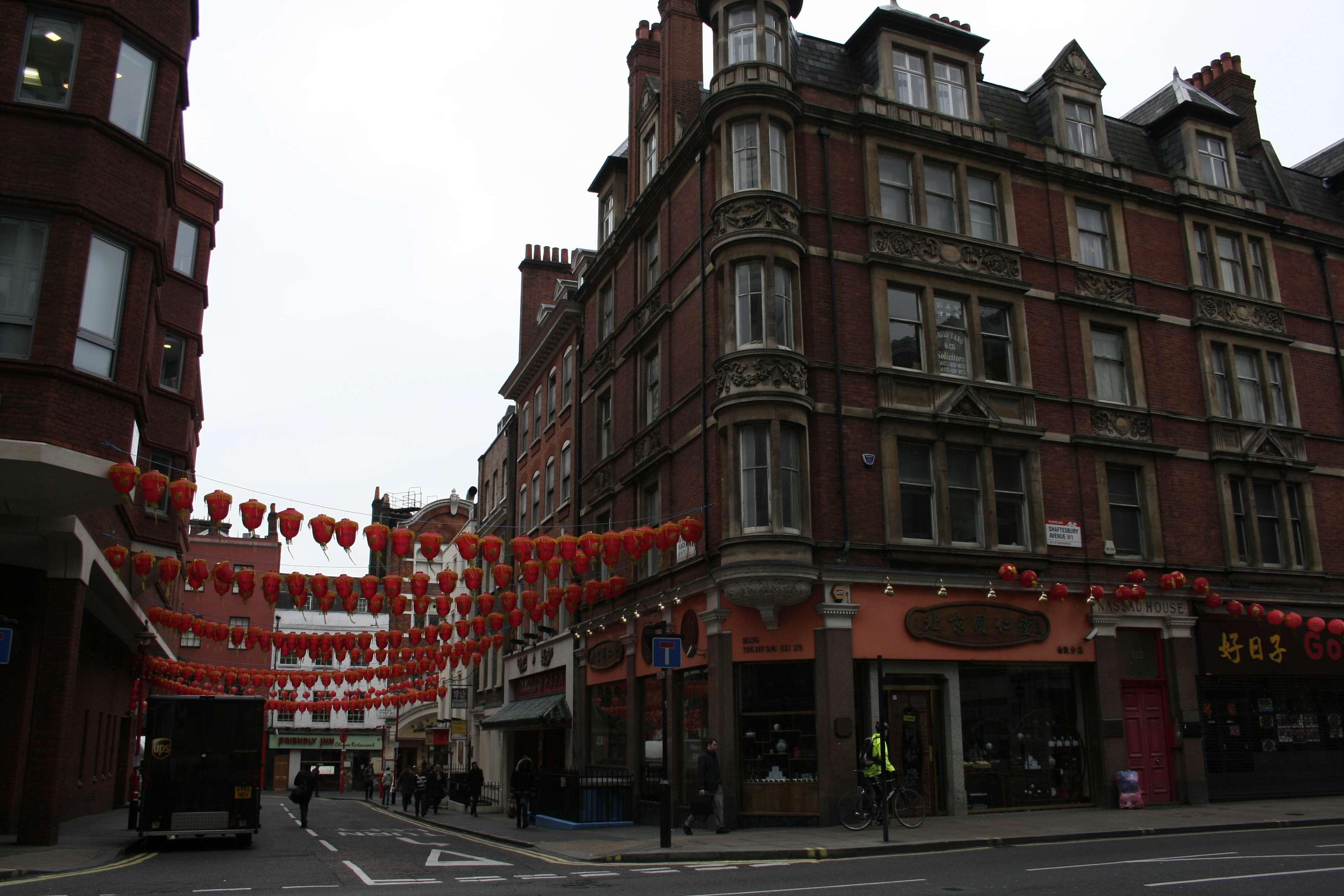 London_0026 china town
