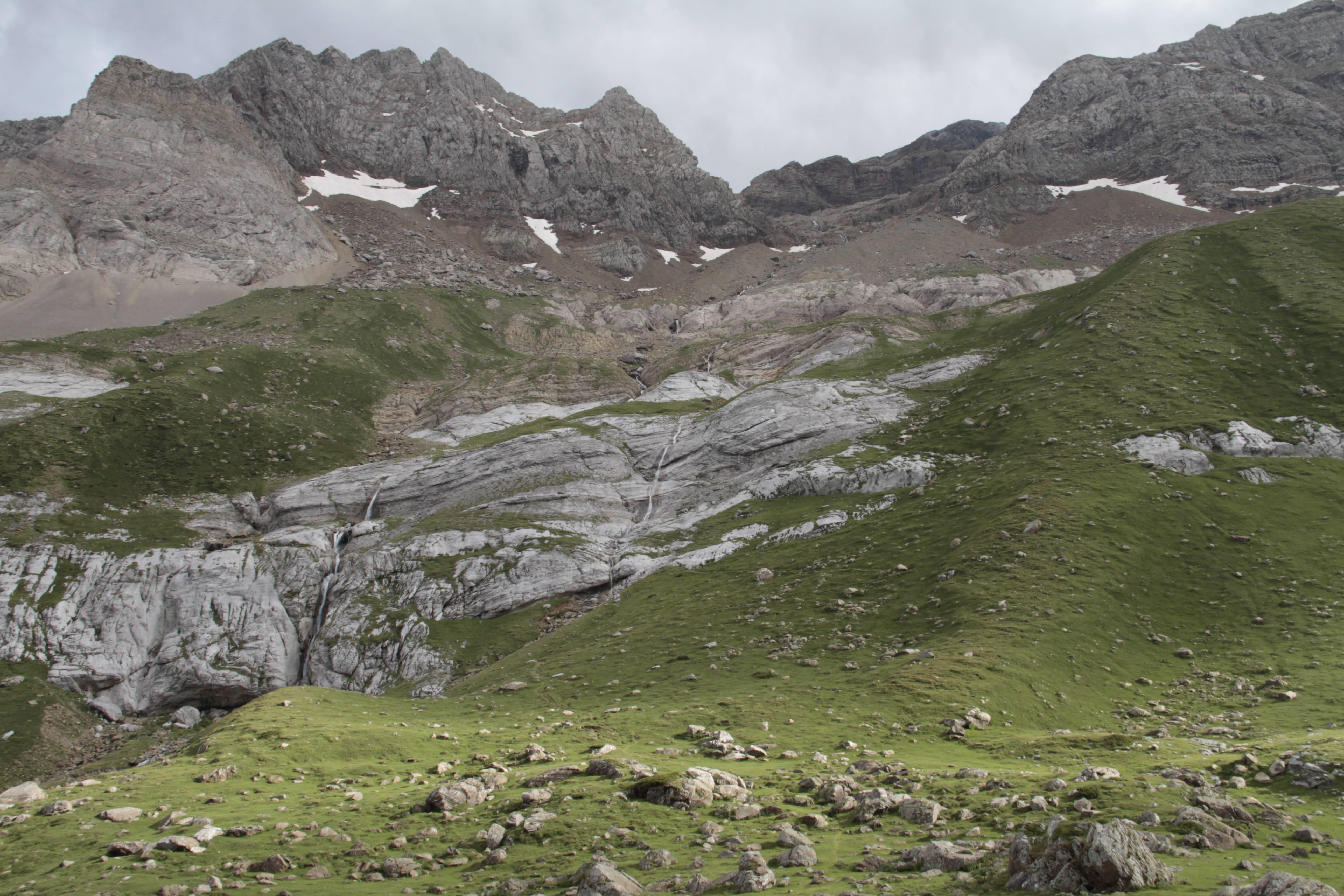 Pyrenees aout 2014_0134 jour 3 cirque de Gavarnie - Pouey Aspe