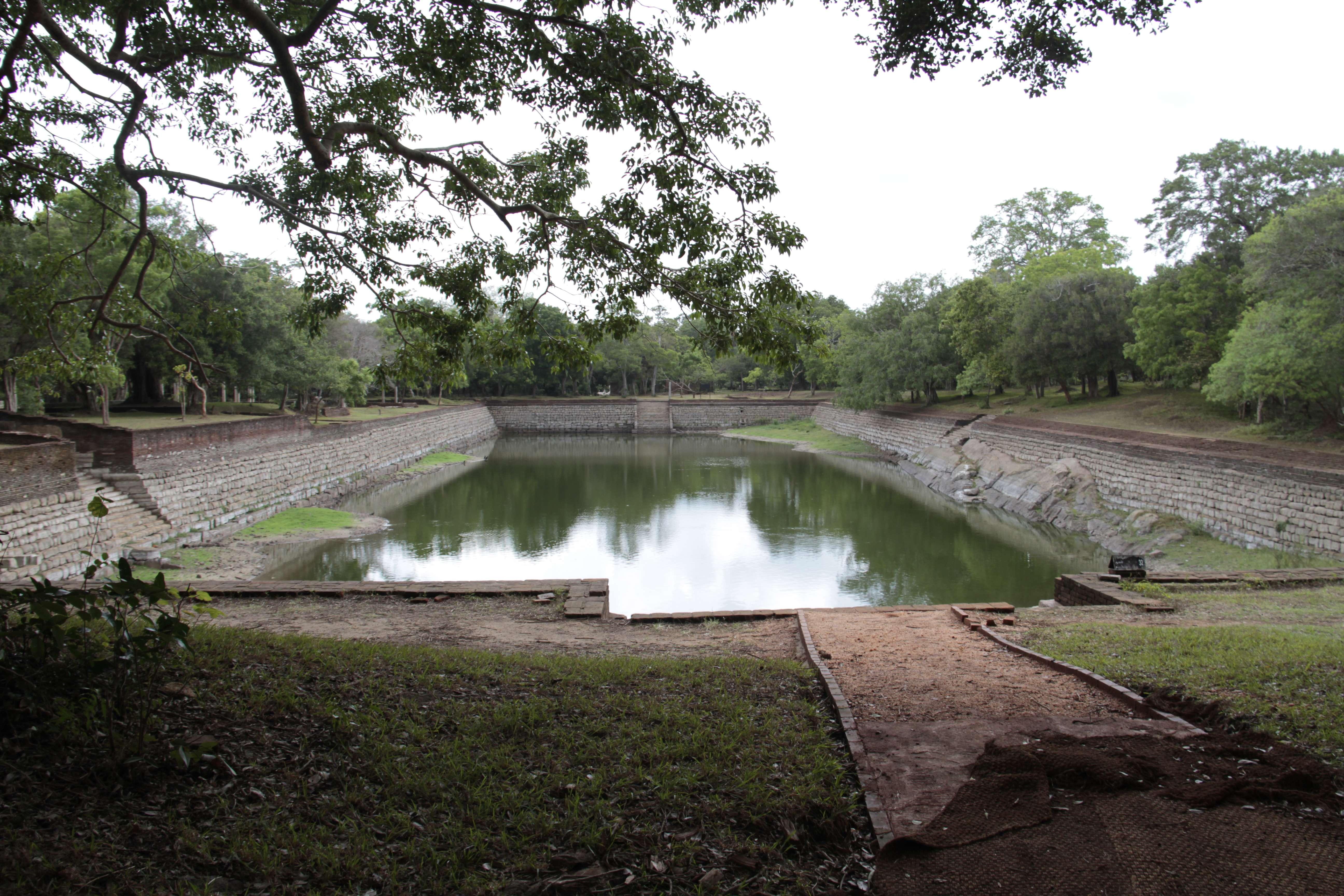 Sri Lanka aout 2017_0352 Anuradhapura Tissa Wewa
