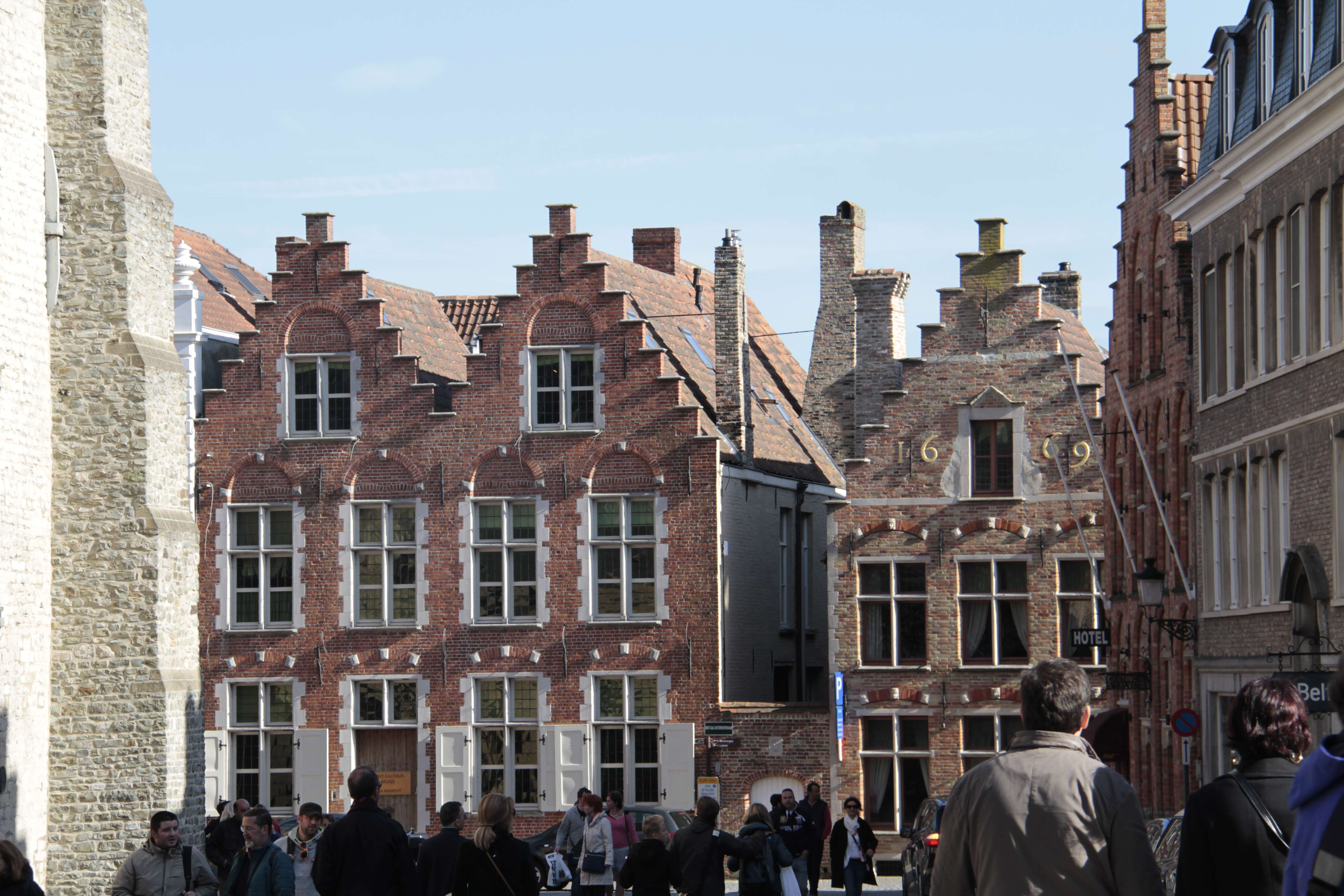 Belgique mai 2015_0204 Bruges entre Markt et Smedenpoort