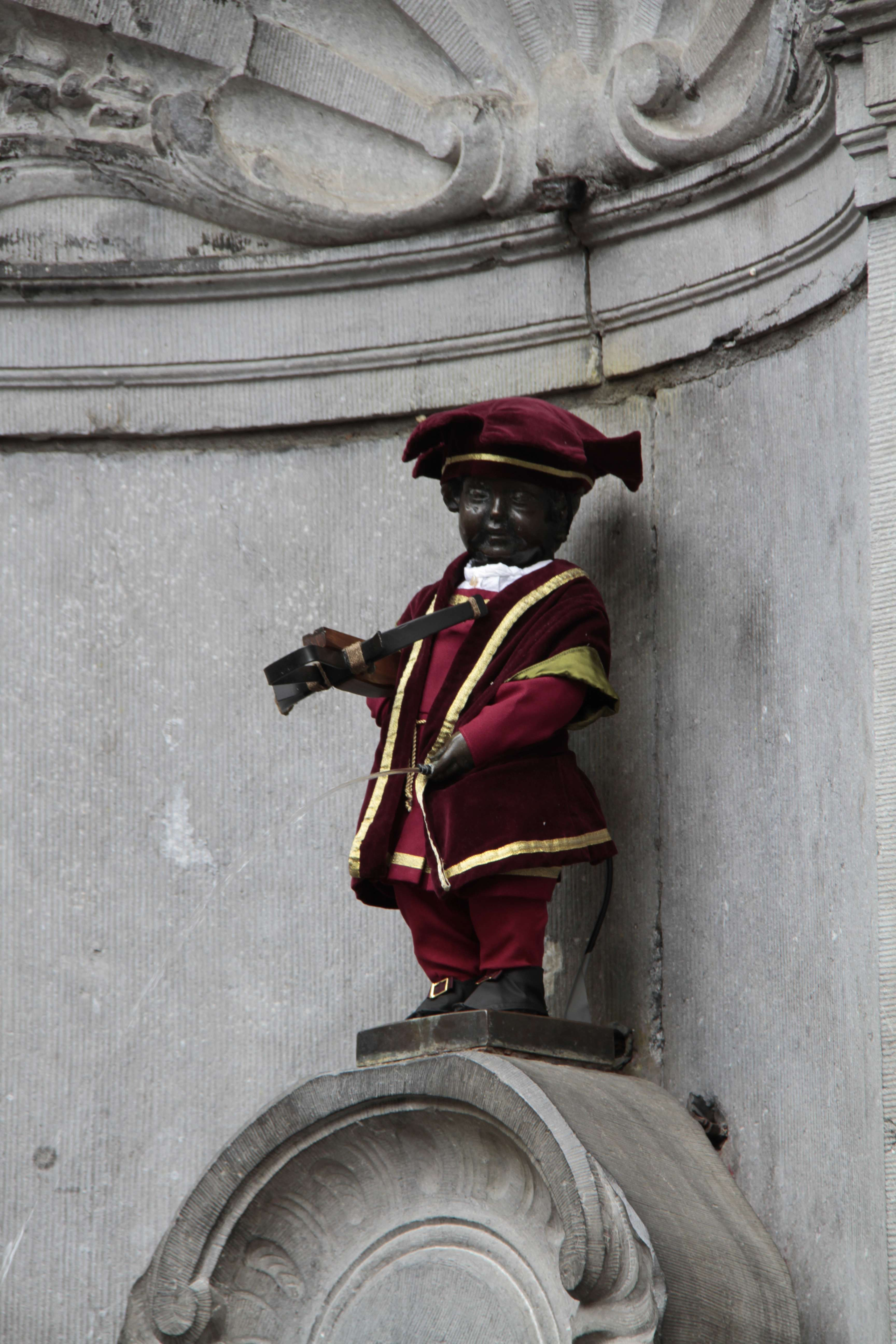 Belgique mai 2015_0234 Bruxelles Manneken Pis Grand Serment royal