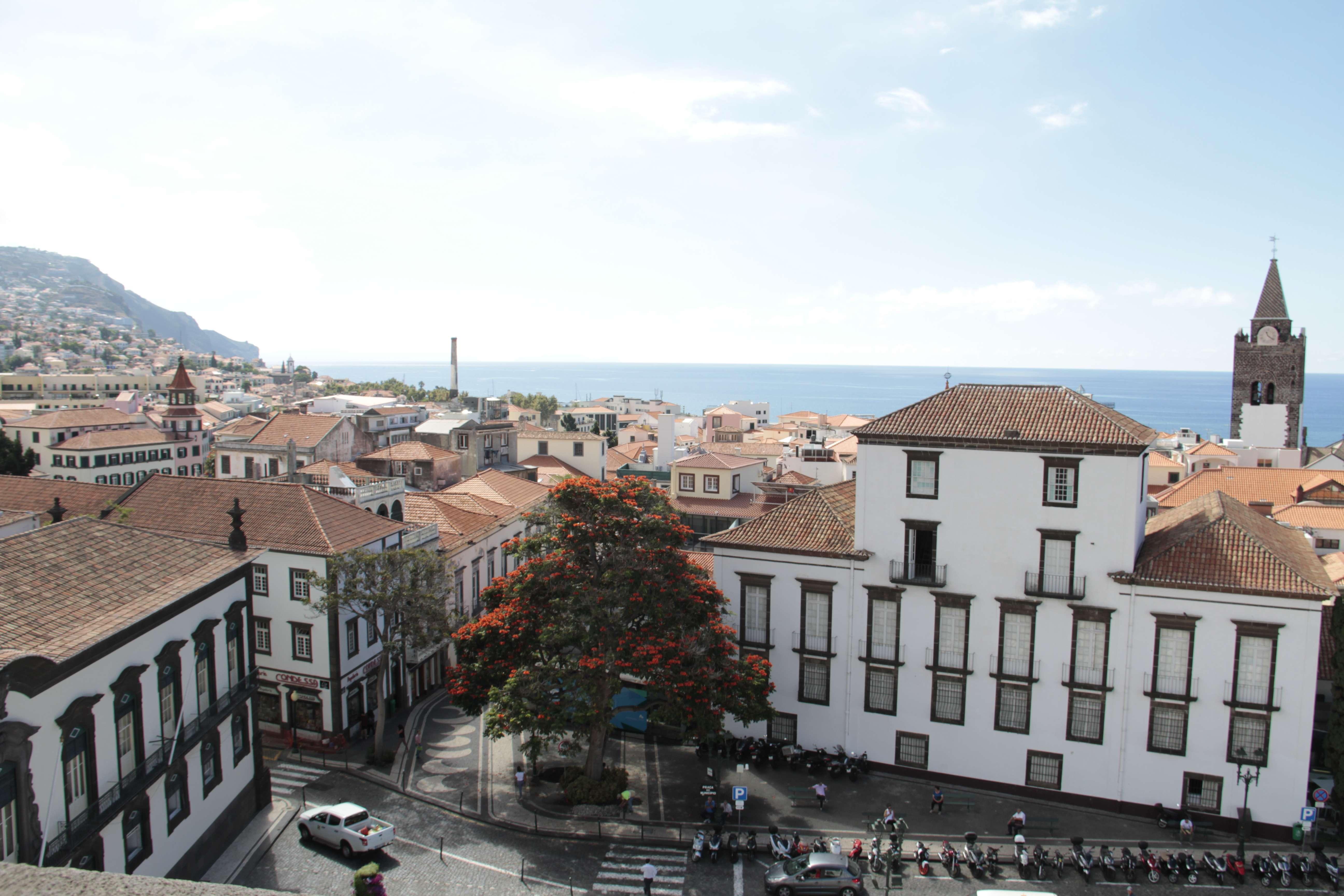 Madere aout 2019_0019 Funchal vue depuis église des Jésuites