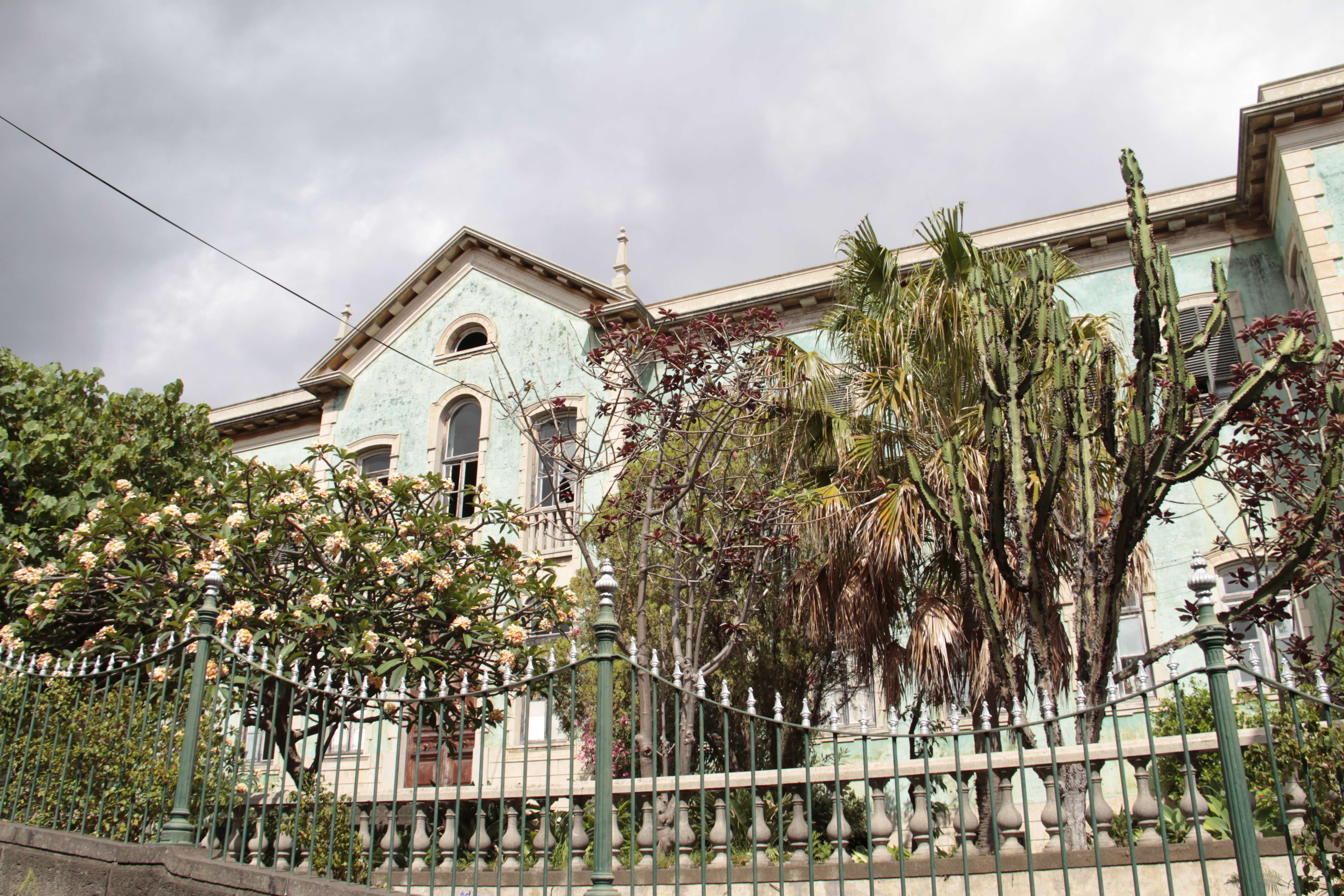 Madere aout 2019_0175 Funchal vieux batiment sur la rue Santa Lucia