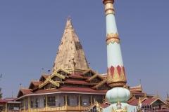 Myanmar fevrier 2019_0734 Lac Inle Phaung Daw U pagoda