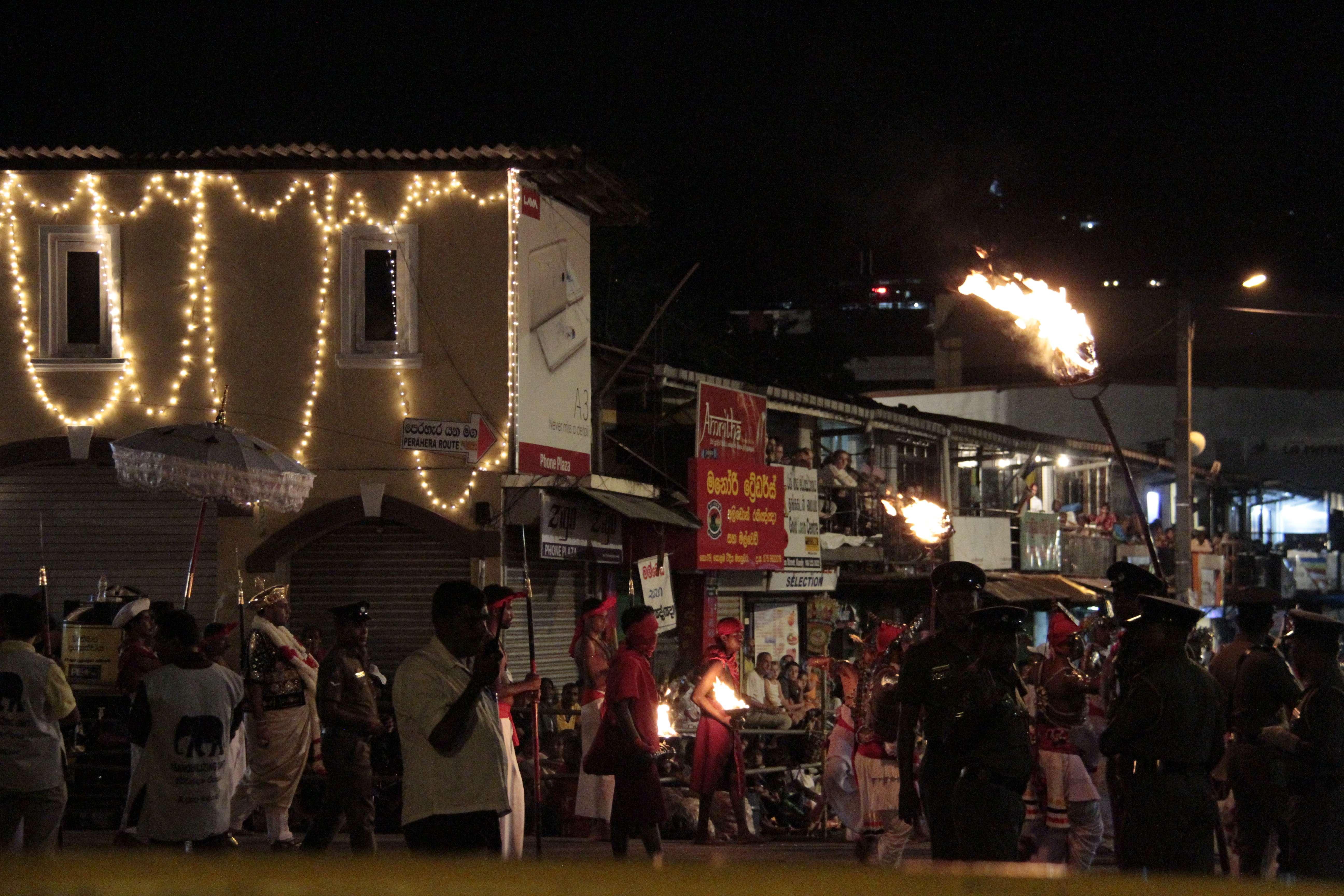 Sri Lanka aout 2017_0058 Kandy Esala Perahera