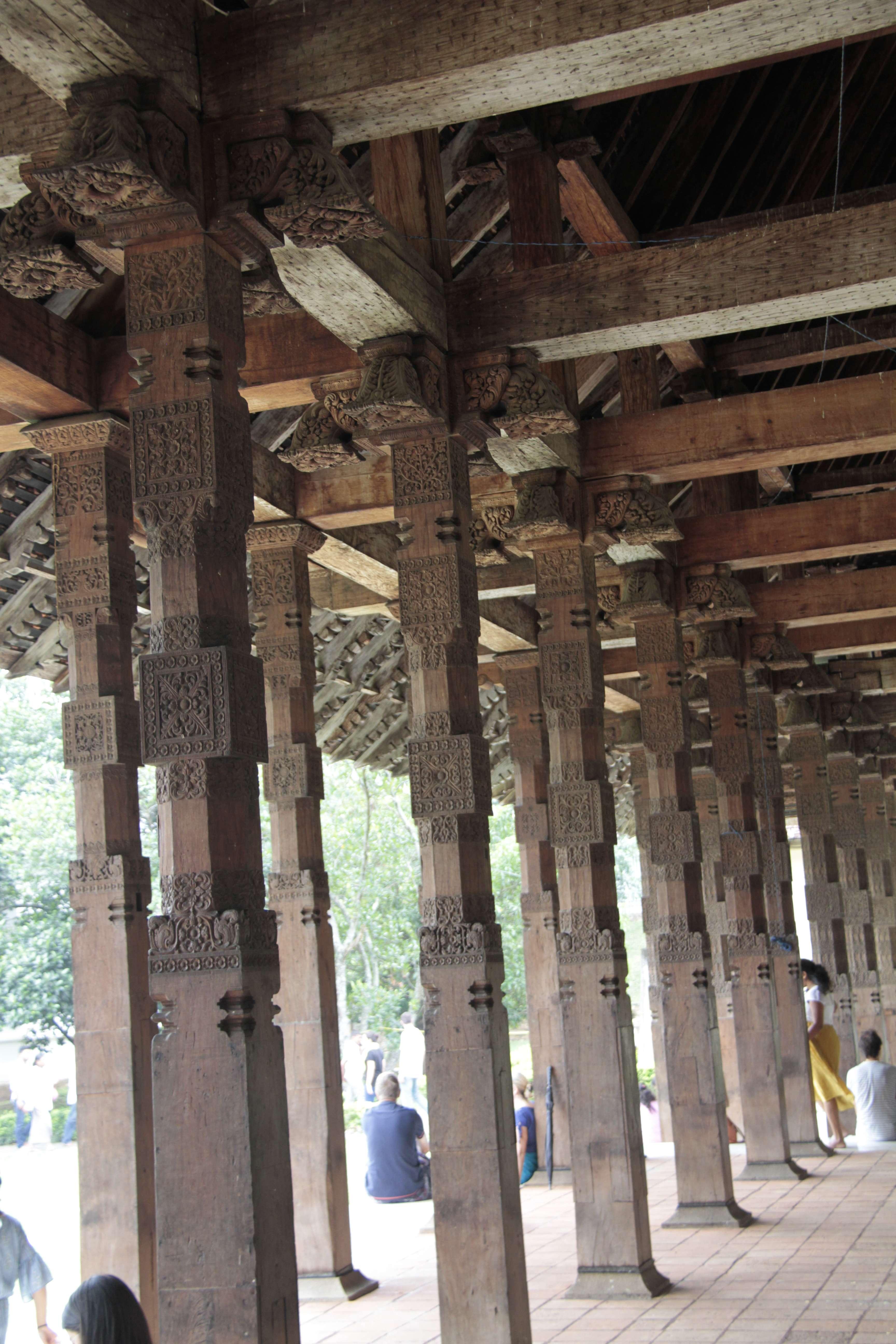 Sri Lanka aout 2017_0085 Kandy Sri Dalada Veediya tempke de la dent sacree