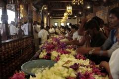 Sri Lanka aout 2017_0081 Kandy Sri Dalada Veediya tempke de la dent sacree