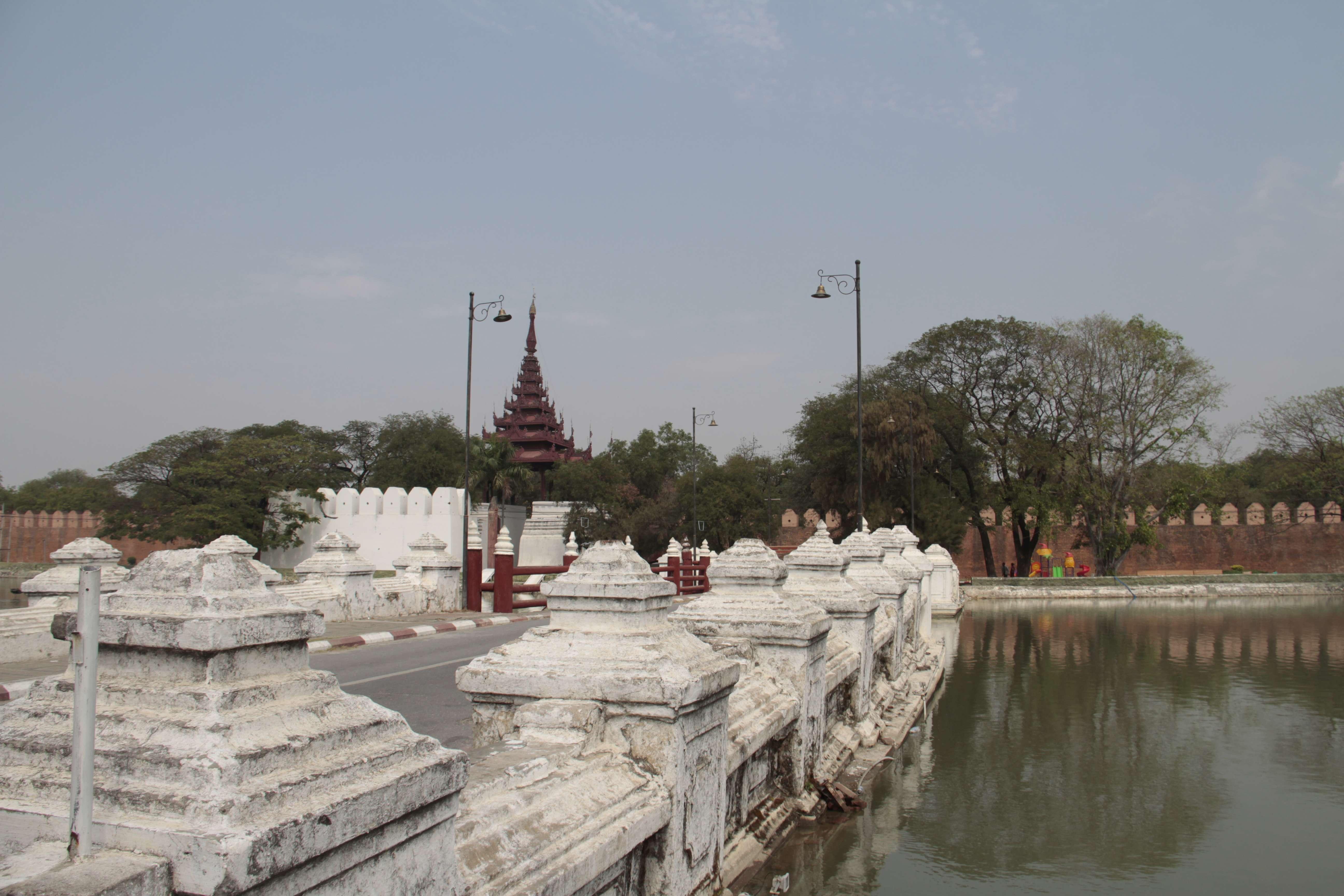 Myanmar fevrier 2019_0857 Mandalay cite imperiale