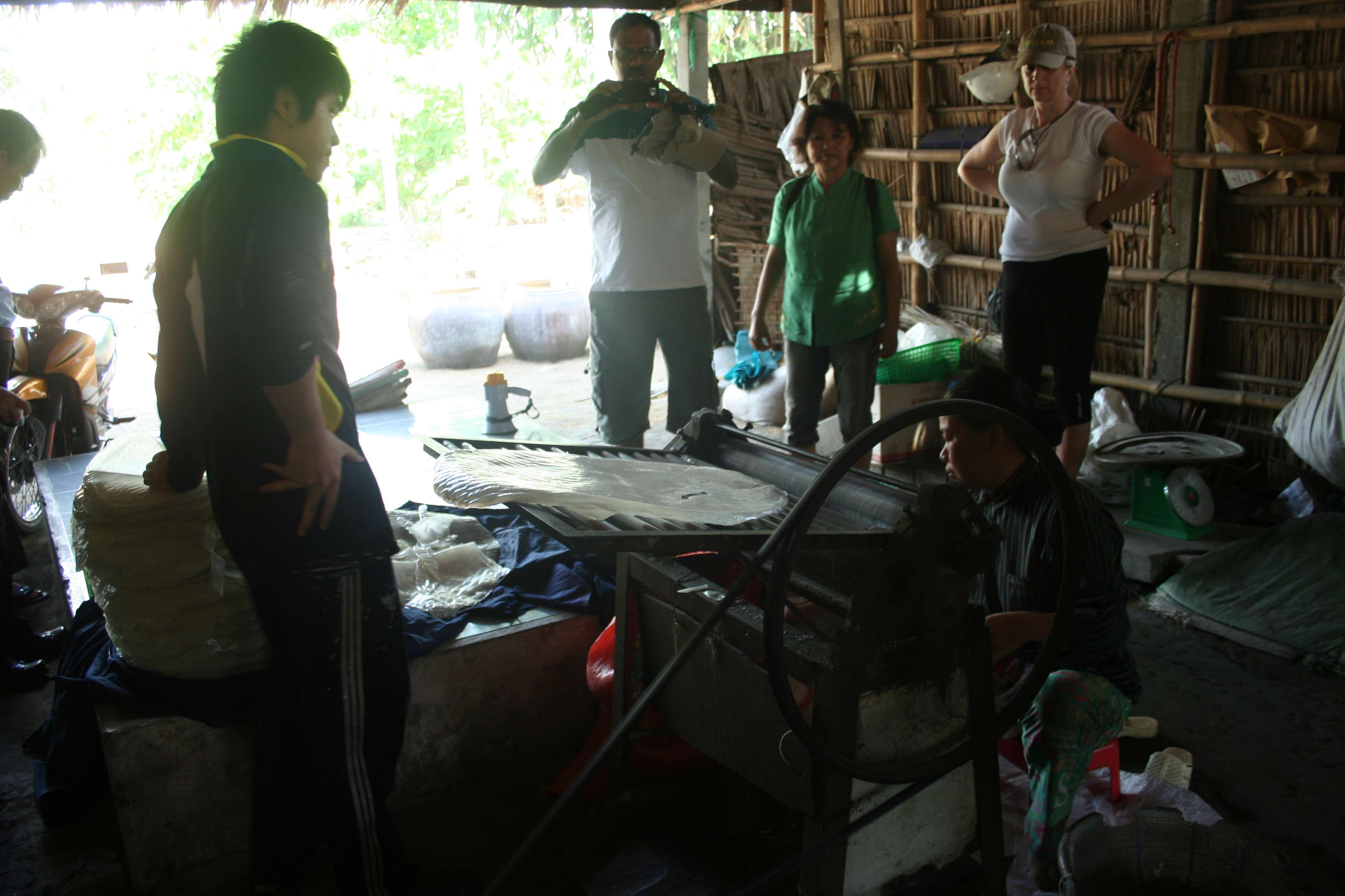 20120420_447 Delta du Mekong fabrication galettes de riz