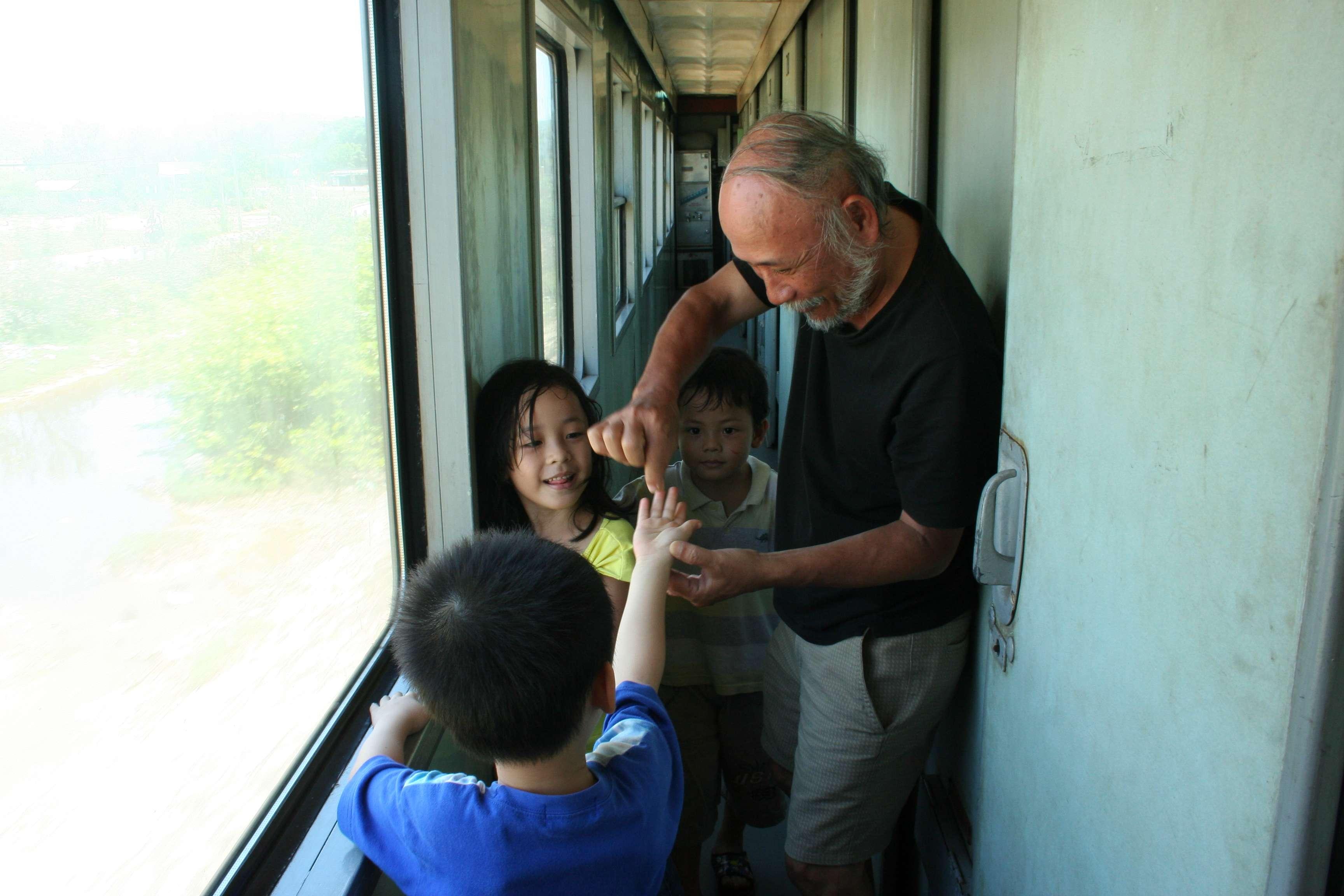 20120416_291 trajet en train Ninh Bin a Mui Ne
