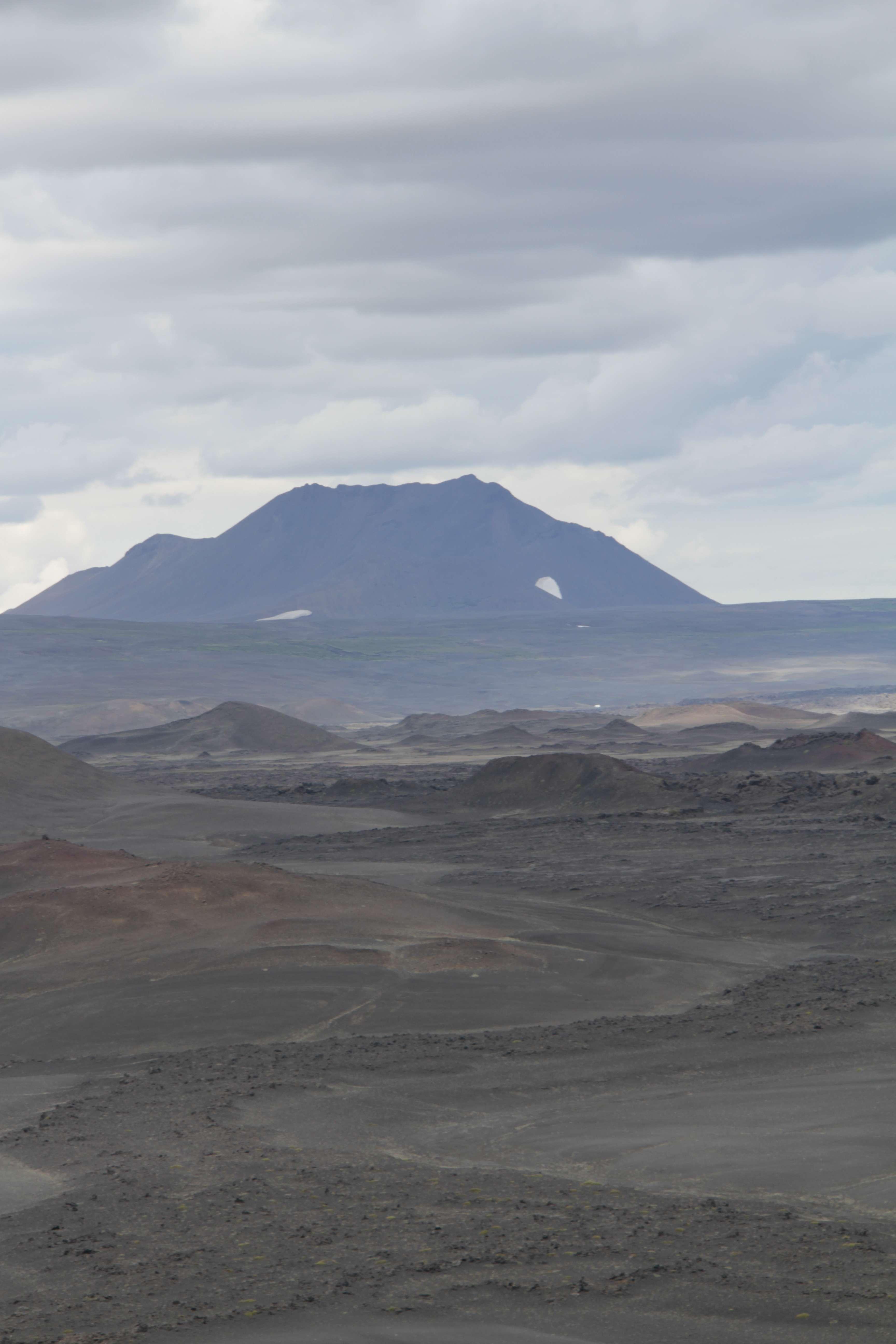 Islande_0244 rando Hofdi-Reykjahlid - Hverfjall 12 juillet