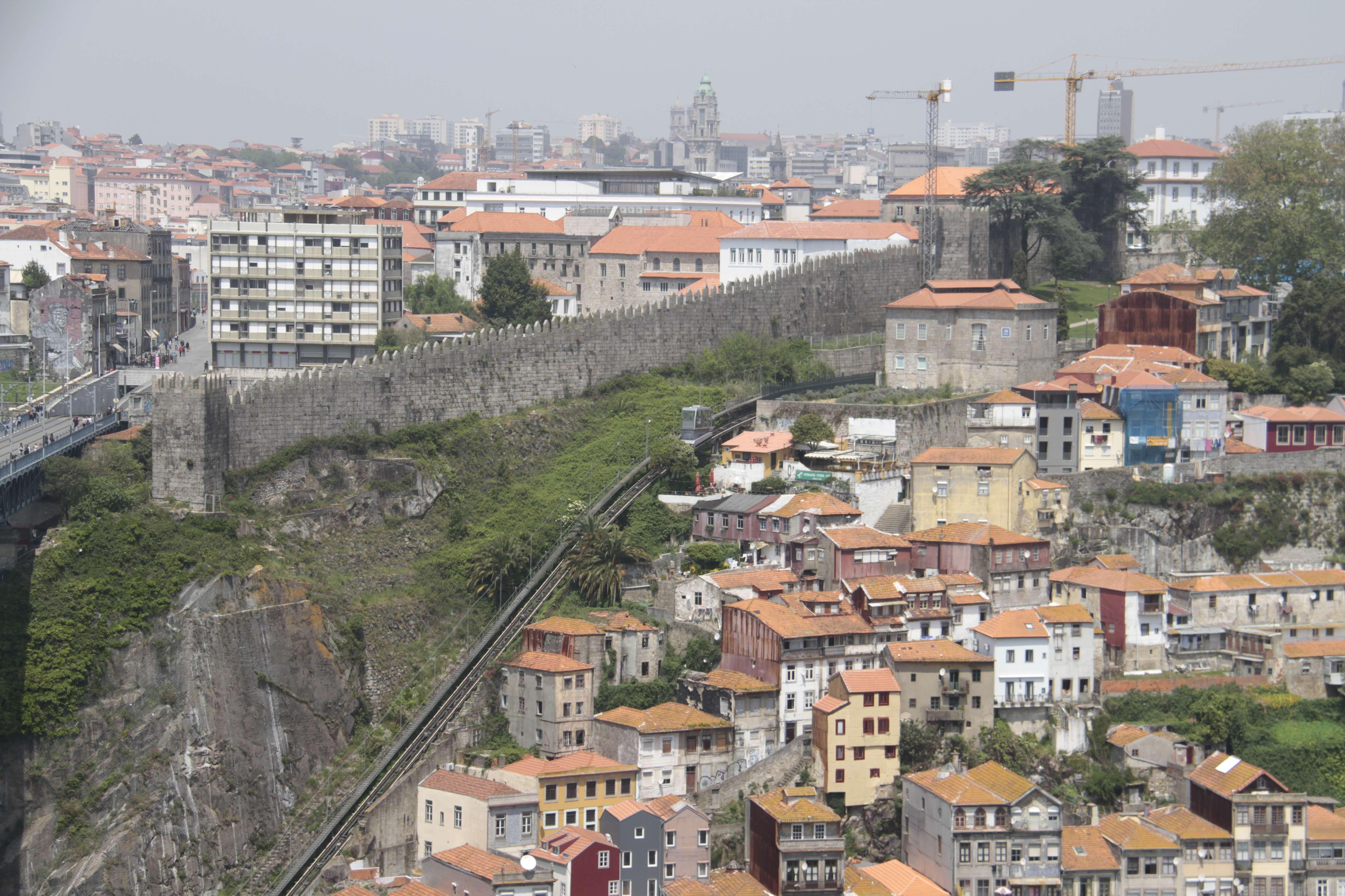 Portugal mai 2018_0126 Porto depuis Villa Nova de Gaia Monastere de Serra do Pilar