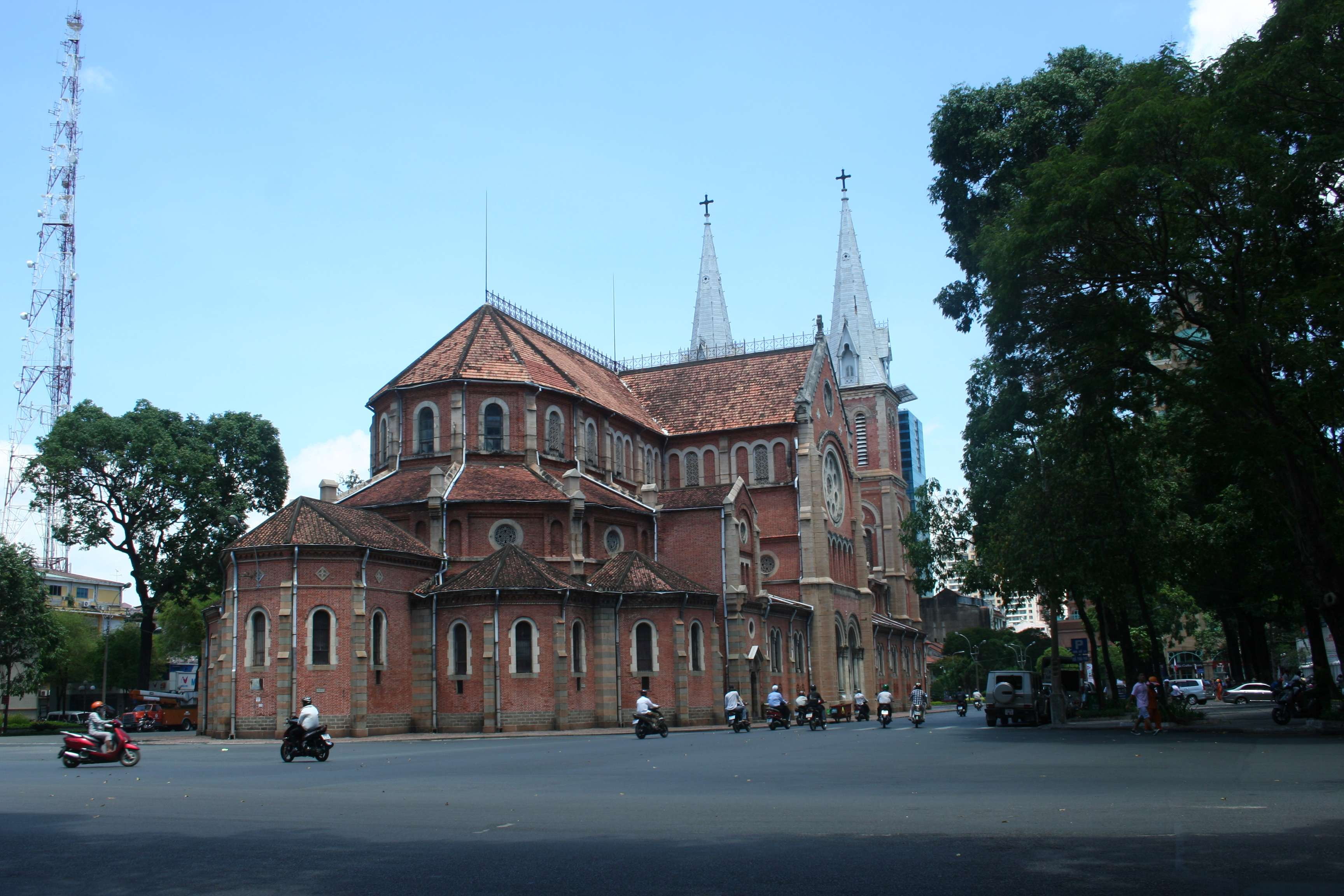 20120418_361 Notre Dame Sai Gon