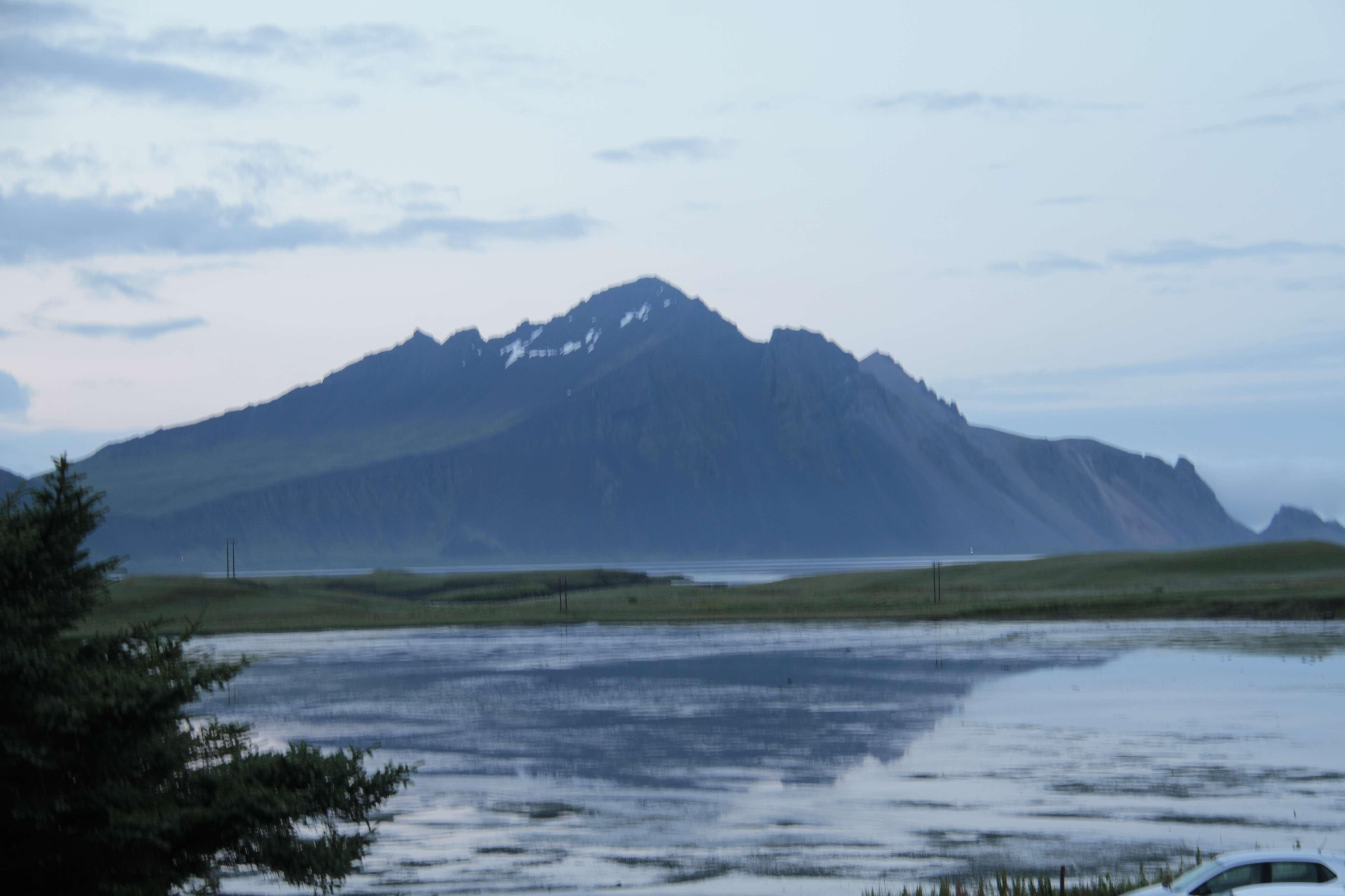 Islande_0408 Hofn 14 juillet