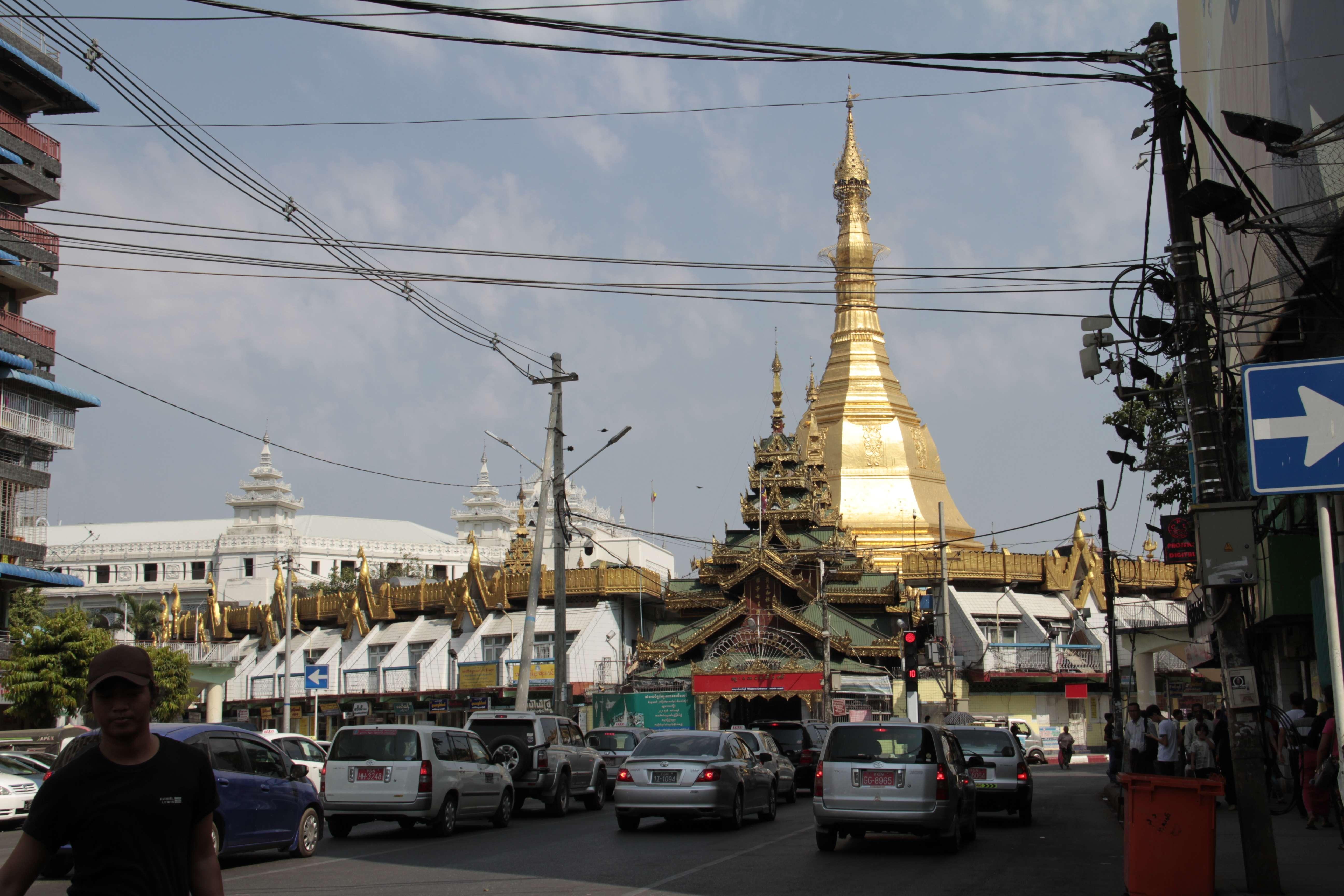 Myanmar fevrier 2019_0010 Yangon Sule